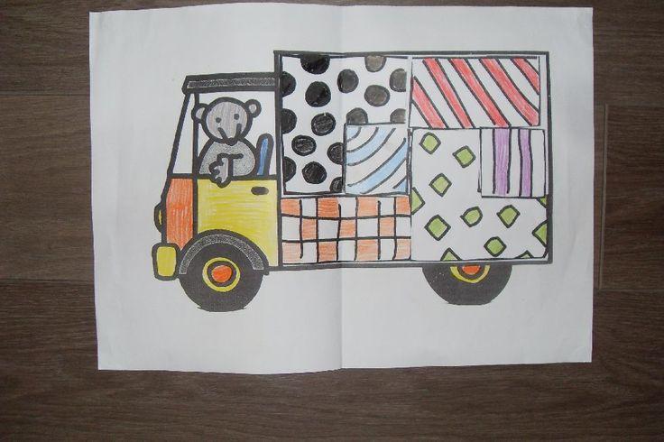 WB De dozen in de verhuiswagen