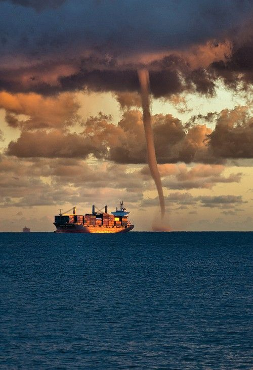 27/07/15 I looked up out to the ocean liner and to the right of the boat I saw a tornado.