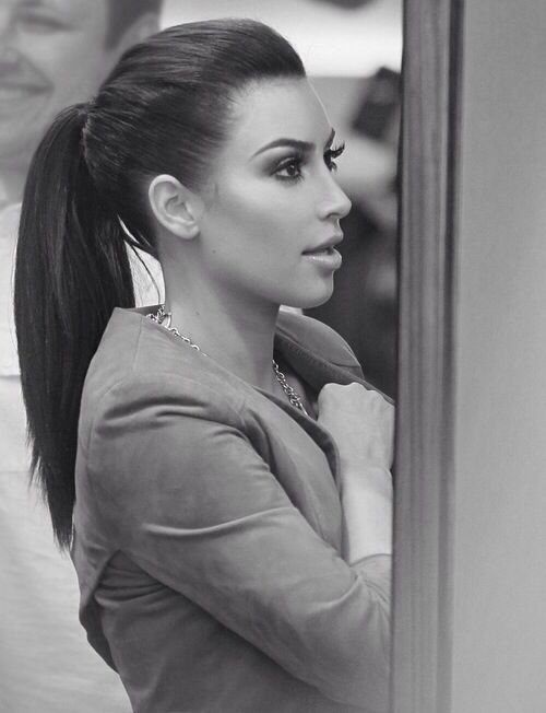 Kim Kardashian ponytail is fab!! I love it!Pinterest@Sagine_1992 Sagine☀️