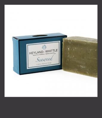 Saponetta purificante agli estratti di alghe marine, made in England of course!: Soaps Bar, Algh Marines, Palms Oil, Natural Soaps, Oil Free, Seaw Soaps, Natural Vitamins, Green Soaps
