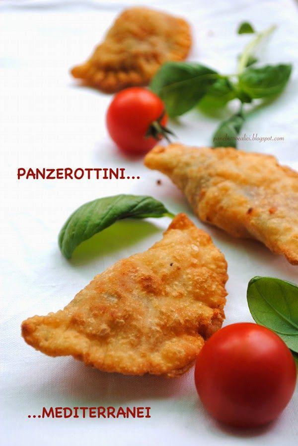 Pane, burro e alici: Panzerottini mediterranei