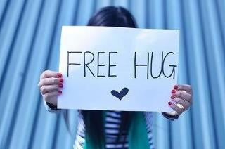Free HugNice Pics, Free Hug, Boxes, Xxx Stuff, Quotes Pictures, Valentine Gift, Beautiful Photography, Feelings Free, Hug Plea