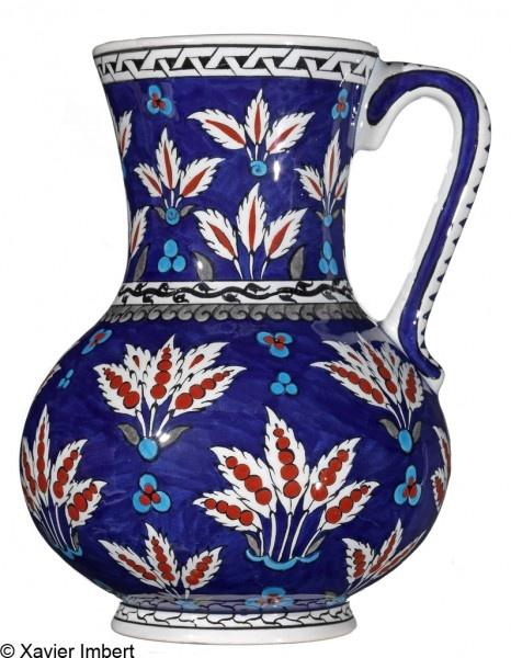 Pichet en céramique : reproduction d'une pièce du XVIe siècle, La Maison Ottomane, 175 €