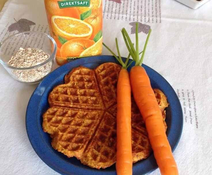 Fruchtige Karotten- Vollkornwaffeln von Bücherwürmle auf www.rezeptwelt.de, der Thermomix ® Community