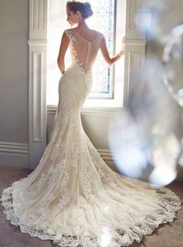 Znalezione obrazy dla zapytania zimowe suknie ślubne syrenka