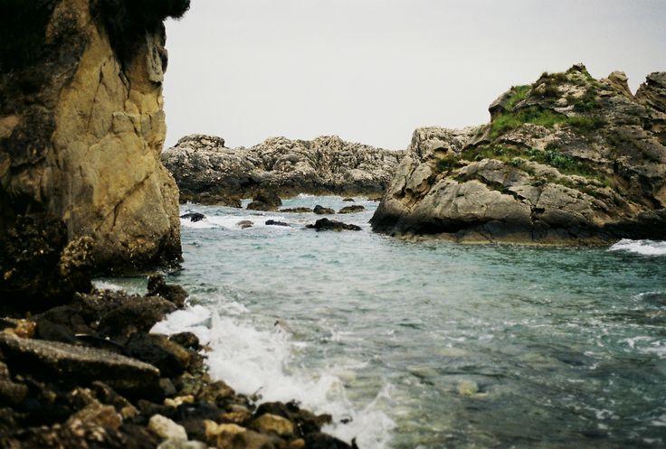 https://flic.kr/p/roEusL | rocks in the sea vol2 | Pentax ME Super