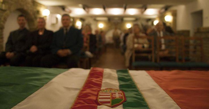 Budapesti Napló 3.: Kettős állampolgárság / magyarként: papíron is!