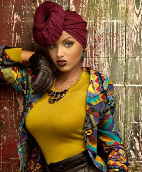 Lola Monroe Love the head wrap and the outfit