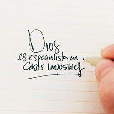 Lucas 1:37 Porque nada hay imposible para Dios.♔                                                                                                                                                     Más