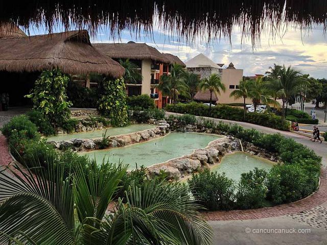 how to get to riviera maya