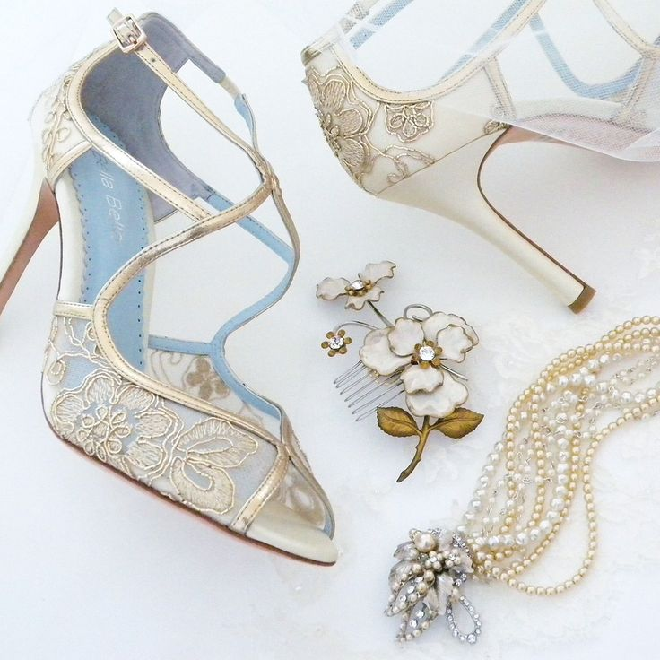 Find bridal accessories & Fall wedding ideas at Perfect Details. Wedding shoes by Bella Belle, jewelry & headpiece by Debra Moreland for Paris.