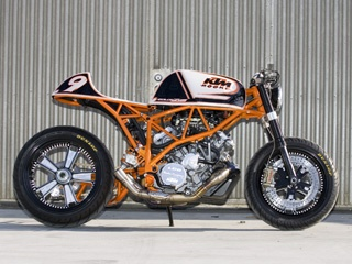 Jesse Rooke KTM Superduke. Not so keen on the choppers. KTM motorbike