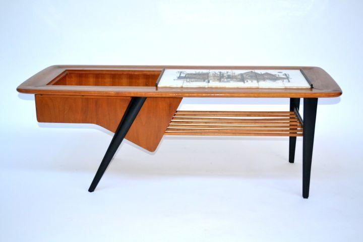 [Tavolino anni 50, con vassoio] - Spazio900 Modernariato