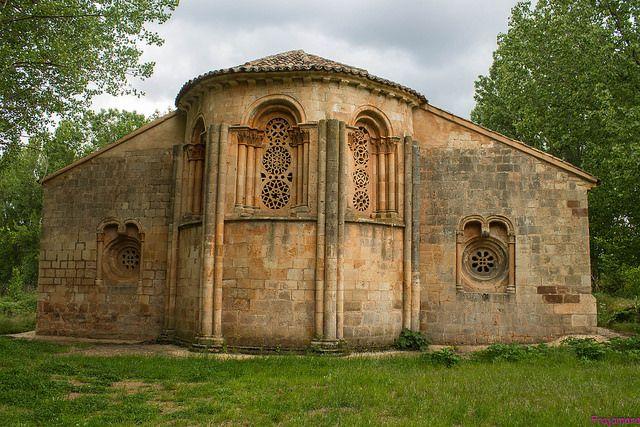 Iglesia de Santa Coloma de Albendiego