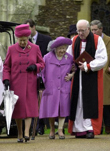 THE QUEEN MOTHER WALKS FROM CHURCH AT SANDRINGHAM, accompanied by her daughter, Queen Elizabeth II and the Archbishop of Canterbury. 12/24/2000