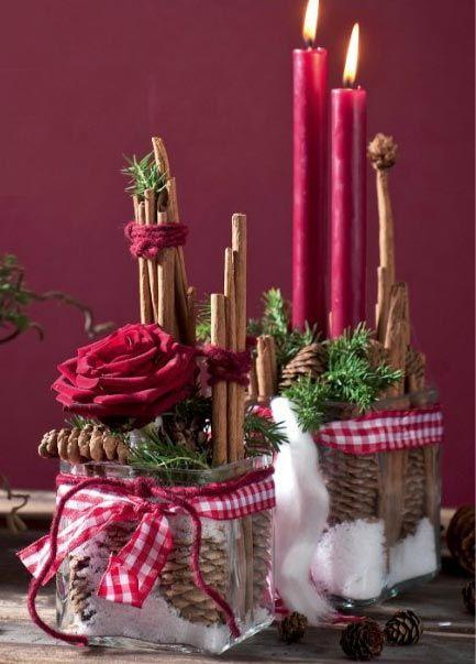 décoration de table, épices et rouge