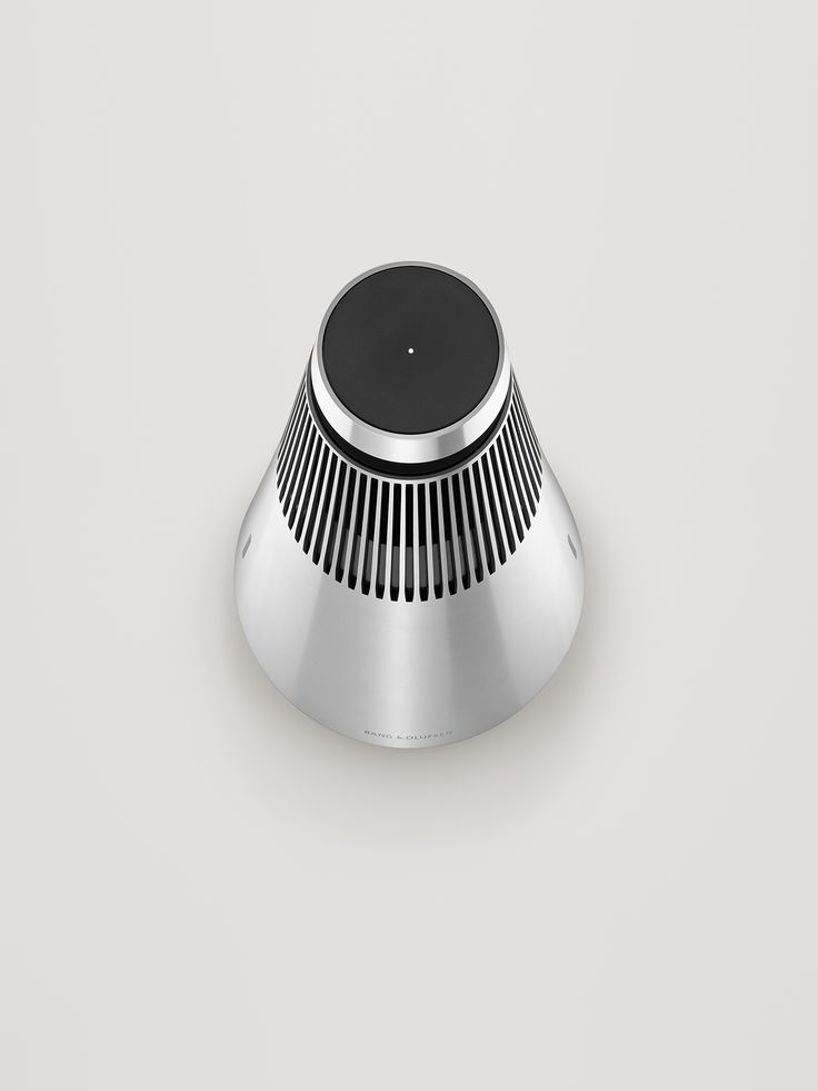 BeoSound 2 has integrated access to Deezer, Spotify, QPlay and Tuneln, featuring BeoLink Multiroom that connects your Bang & Olufsen products in one wireless system across your home.