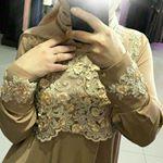"""84 Likes, 4 Comments - Исламская одежда (@farida.djabrailova) on Instagram: """"Платье по косой из абайной ткани с узором😊цена платья 4800"""""""