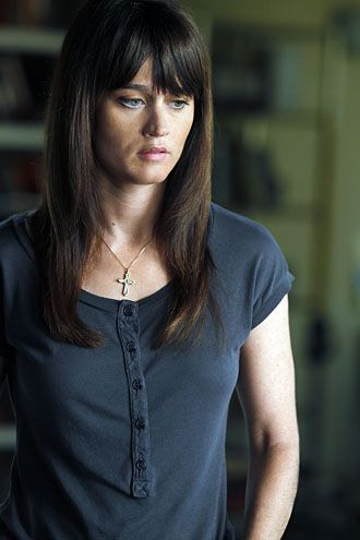 "The Mentalist - Season 4 - ""Little Red Book"" - Robin Tunney"