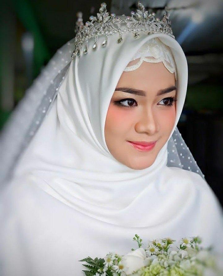 Pin Oleh Risqipratiwi Di My Wedding Dream Pakaian Pernikahan Pengantin Wanita Gaya Pengantin