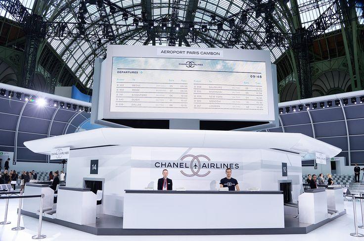 Chanel cria aeroporto para desfile de verão 2016