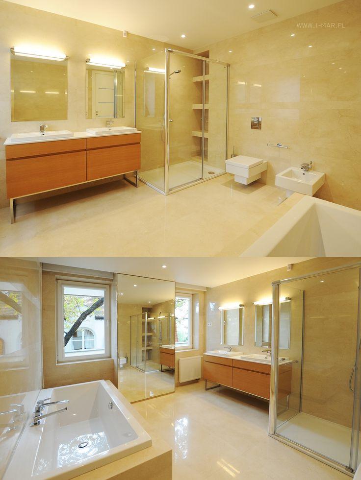 Piękna słoneczna łazienka wykonana z marmuru Crema Marfil. @imarpolska Przedsiębiorstwo Kamieniarskie. Beautiful sunny bathroom made of marble #CremaMarfil.