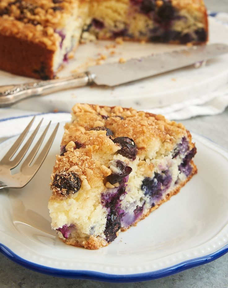 This quick and easy Blueberry Coffee Cake is ALL about the blueberries. Such a lovely cake for breakfast, an afternoon snack, or a lightly sweet dessert! - Bake or Break ~ http://www.bakeorbreak.com