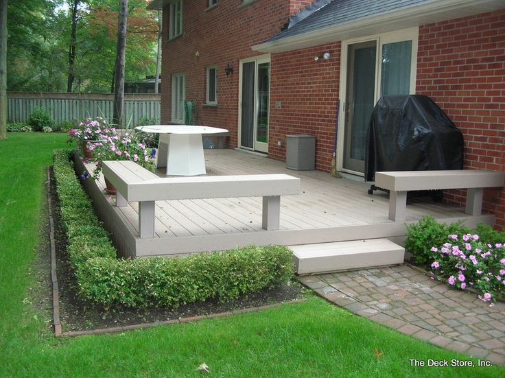 landscaping around a deck | Love the simple landscaping around deck.