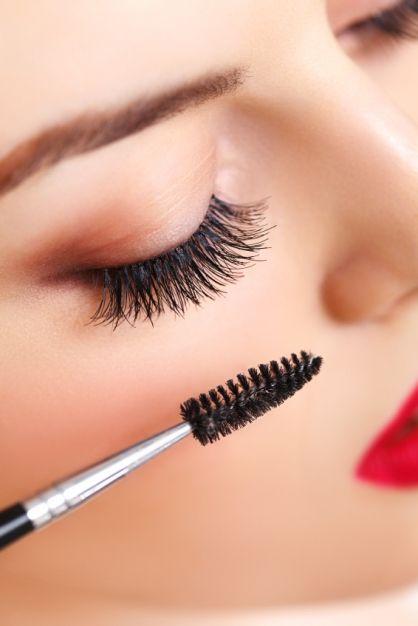 Genius Tricks for Long, Lush Eyelashes