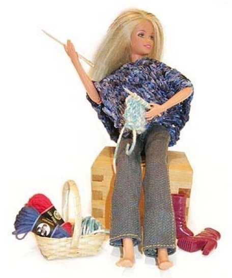 Knitting Pattern For Dolls Poncho : Top 54 ideas about Crochet - Barbie on Pinterest Belly ...