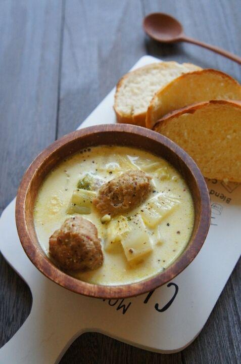 [簡単!胃に休憩!] 肉団子と白菜のカレーミルクスープ と おまけの捏ねない適当バゲットレシピ | 珍獣ママ オフィシャルブログ「珍獣ママのごはん。」Powered by Ameba