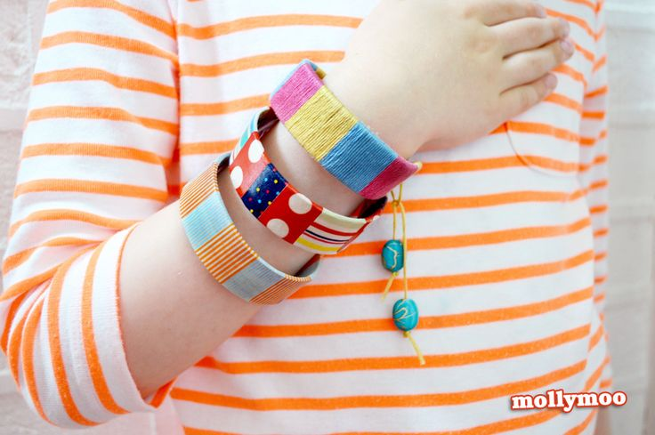 Detailed photo tutorial on how to make craft stick bracelets, with three decorating options: washi tape, embroidery thread and paint