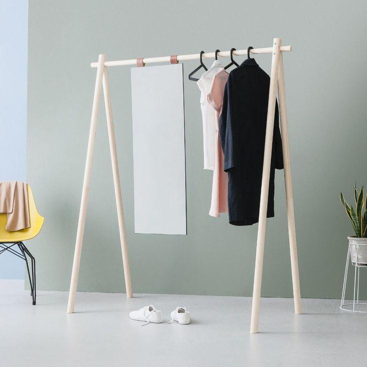 Die besten 25+ Kleiderständer mit spiegel Ideen auf Pinterest - designer kleiderstander buchenholz