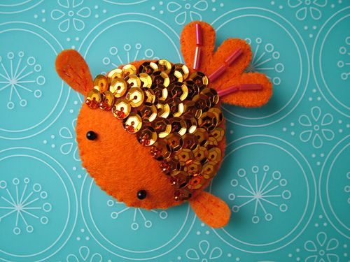 Goldfish ~ Sequins add great dimension!