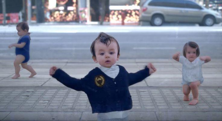 Dans Eden Bebekler Reklamı Uzun Versiyon