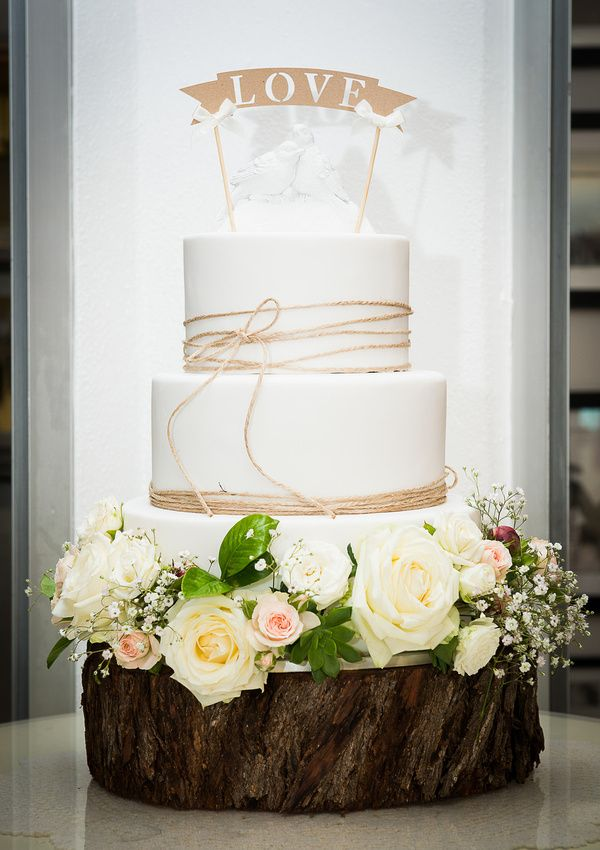 Cassie and Mark's wedding cake. Berados on the beach, Noosa wedding, first class functions, twine, love, wedding cake. white wedding cake. fresh flowers, Sunny Girl Cakes photo by Phill Jackson photography