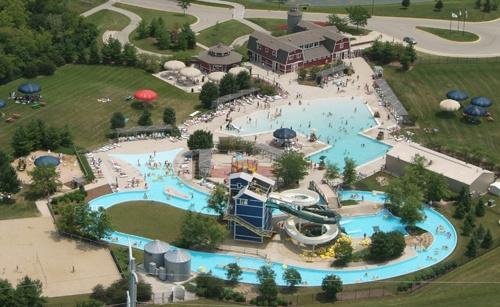 Quad Cities Water Park Hotel