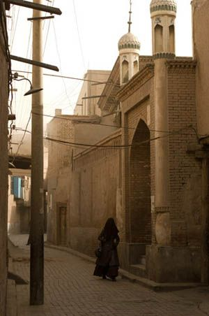 Along the Silk Road- Kashgar, Turpan, Urumqi. So want to travel along the Silk Road.