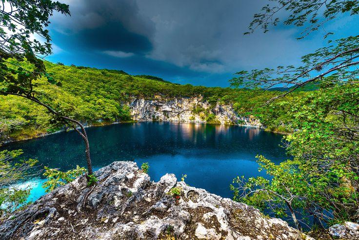 Photo Cenote Candelaria Huehuetenango Guatemala by Francois Joseph Berger on 500px