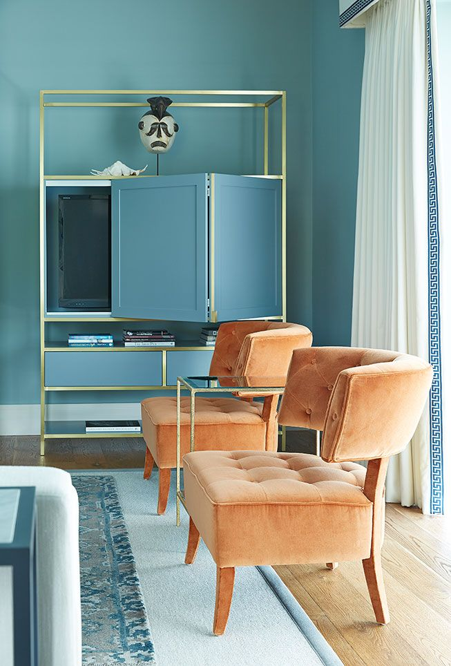 Interior design ideas by Lyons Kelly, making use of contemporary furniture, cream tones and beautiful color play