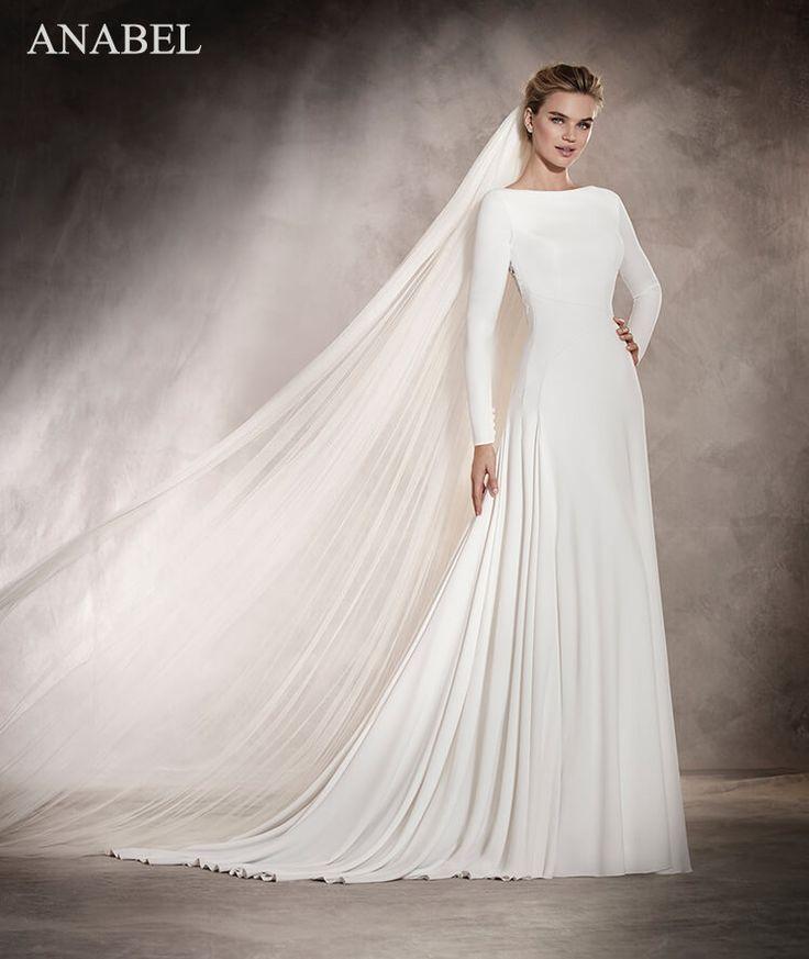 Abiti da sposa e vestiti da sposo per il tuo matrimonio, Collezione Pronovias 2017.