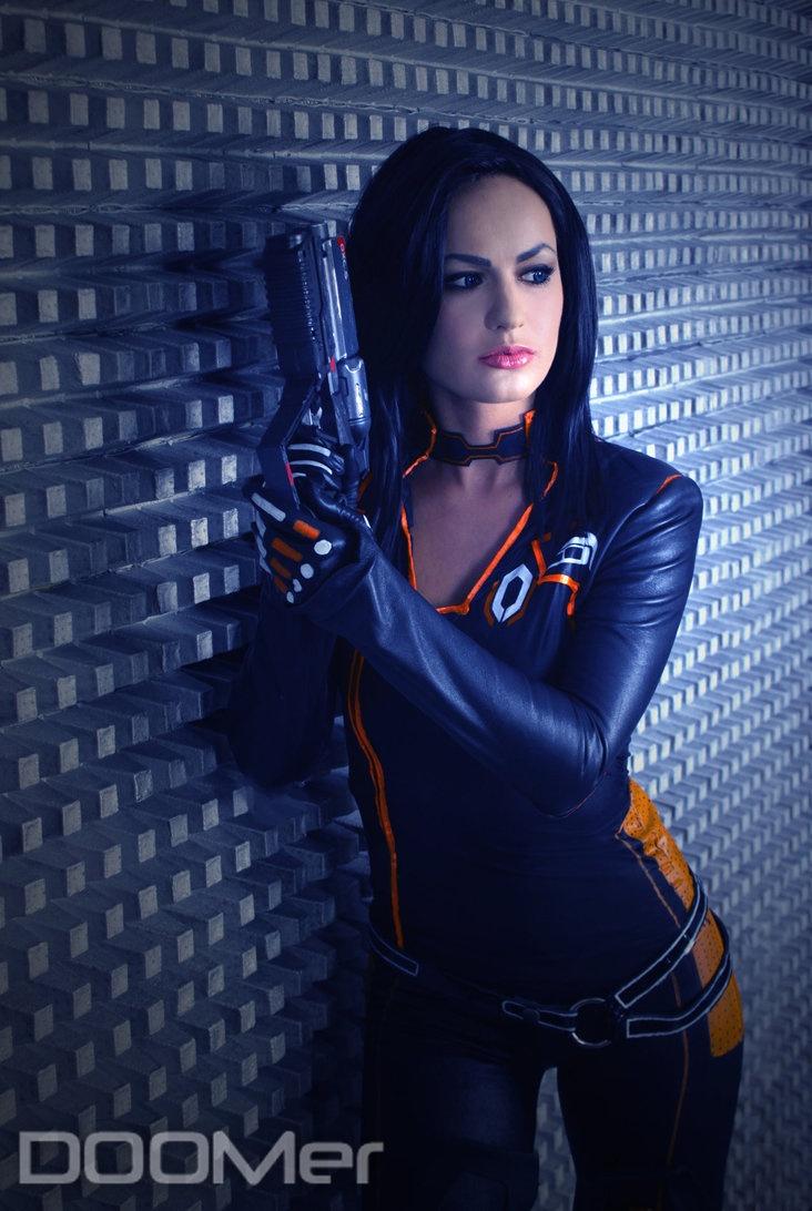 reaper_blues_2_by_vladimir_holstinin-d5c57xg.jpg Miranda: Mass Effect, Cosplay Ideas, Cosplay Girls, Cosplay Babes, Reaper Blue, Secret Cerberus, Games Cosplay, Cosplay Mad, Cerberus Based