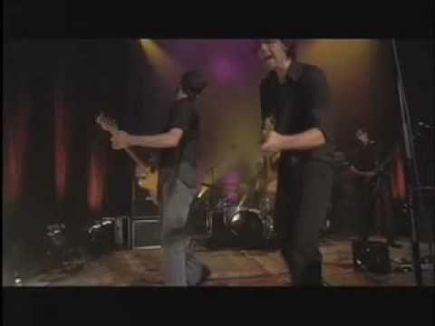 "Pilot Speed ""Alright"", Live. http://youtu.be/zjSx248Rvjc"