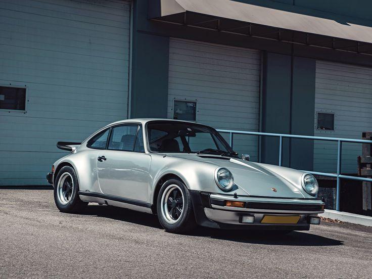 Intern als Typ 930 bezeichnet, verfügte der Turbo, wie man ihn einfach nannte, über ei … – Paul Johnson