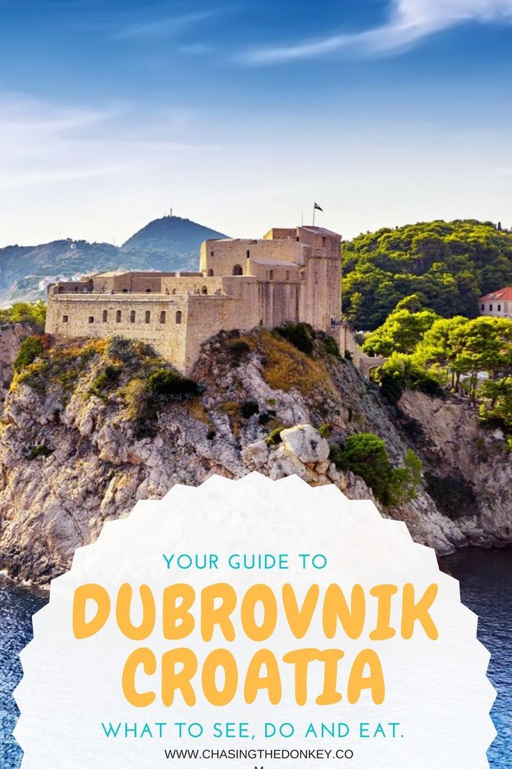 Dubrovnik Travel Blog: Things to do in Dubrovnik.  Dubrovnik is located in southern Croatia on the Adriatic Sea and possesses a long history. Dubrovnik has been exquisitely preserved to maintain its medieval charm. While Dubrovnik has a long history, the development of Dubrovnik primarily occurred in the 15th and 16th centuries.