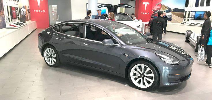 Tesla Model 3s erscheinen ab sofort in allen kanadischen Showrooms   – Tesla, Elon Musk, SpaceX news and articles
