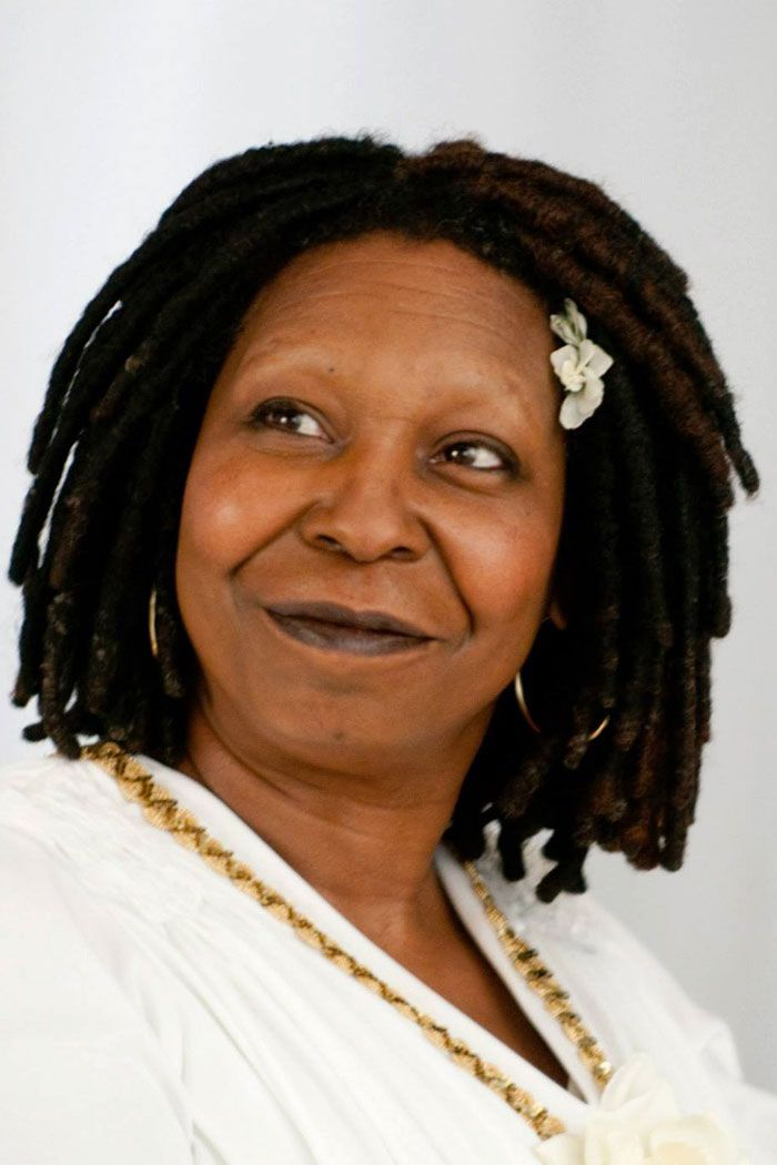 I love Whoopi Goldberg, & esp. this lovely photo of her!
