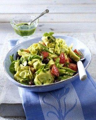 Tortellini-Salat mit Pesto und Tomaten Rezept - Chefkoch-Rezepte auf LECKER.de | Kochen, Backen und schnelle Gerichte