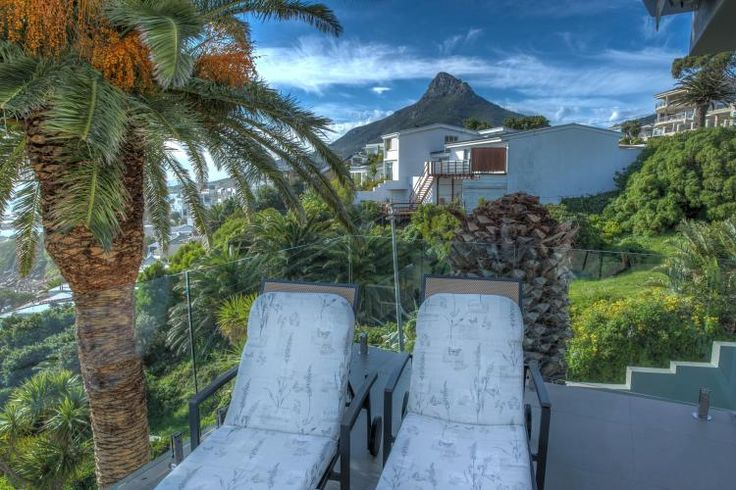 Houghton Steps in Camps Bay, Western Cape, South Africa Nox Rentals - Houghton Steps - http://www.noxrentals.co.za/accommodation/camps-bay/houghton-steps/