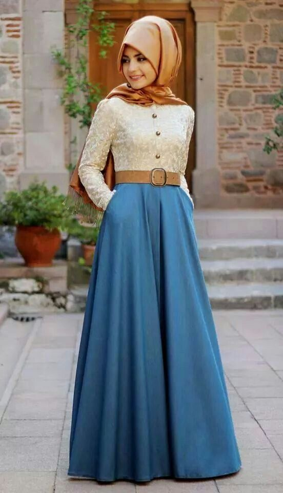 Long sleeve white lace-print shirt, blue flowy skirt and nude scarf + belt | hijab